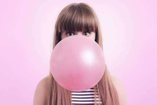 To chew or not to chew? What you need to know about chewing gum and your teeth.